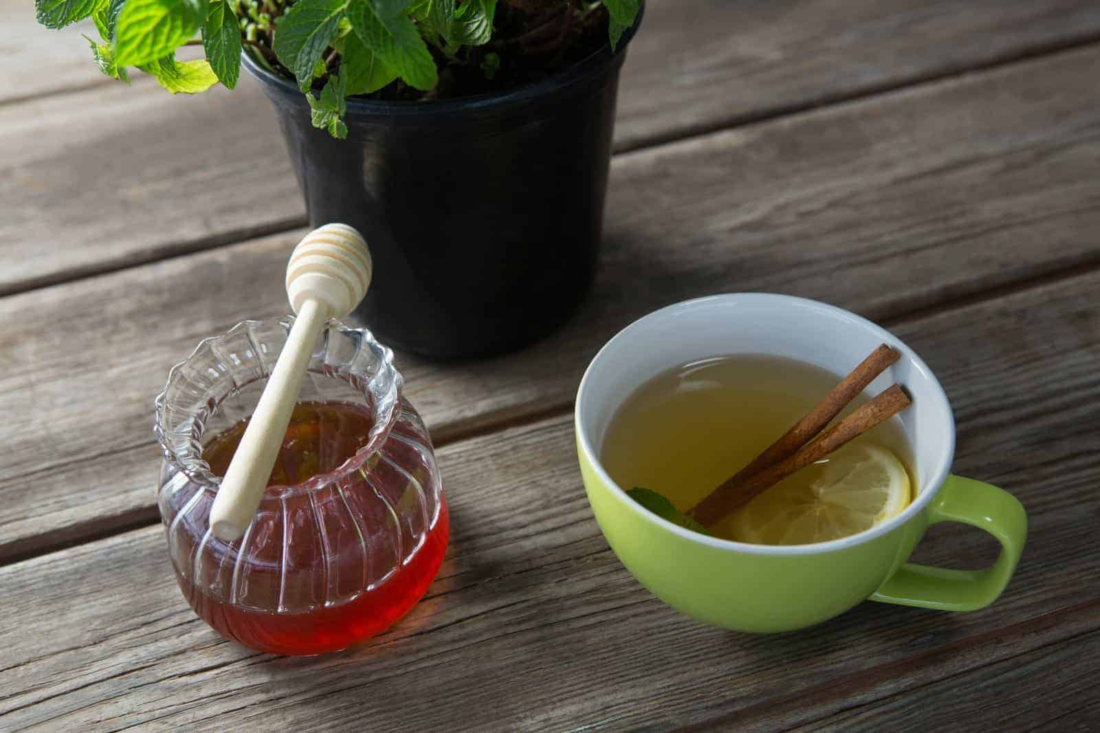 can you put honey in tea?